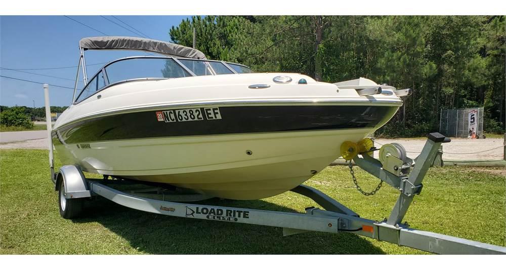 2011 Stingray Boats 208LR – Sold!